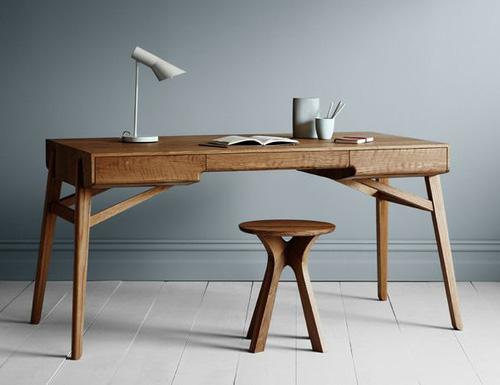 Tuki Desk